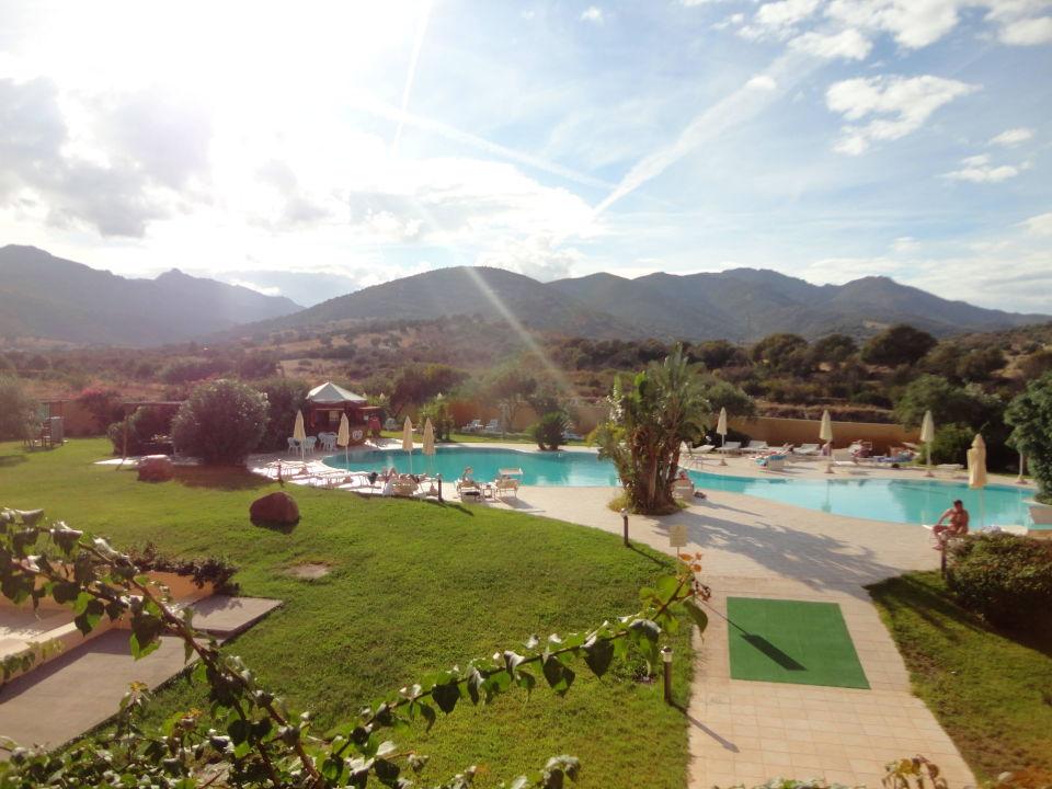 Schöner Garten Mit Pool Hotel San Teodoro