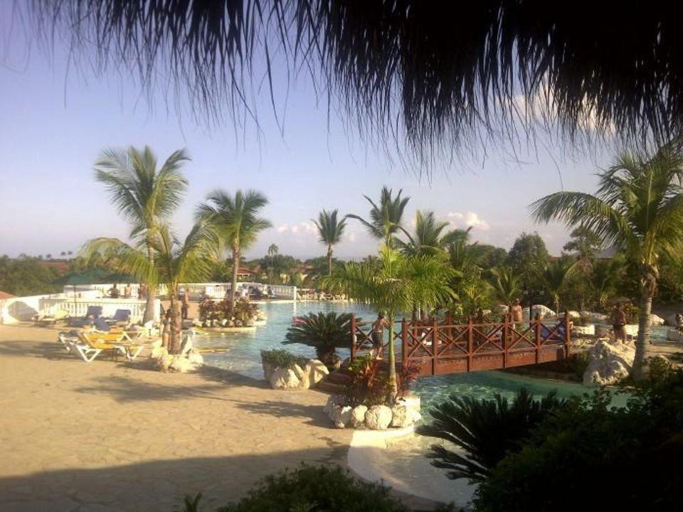 Blick von der Lobby zum Hauptpool  Cofresi Palm Beach & Spa Resort
