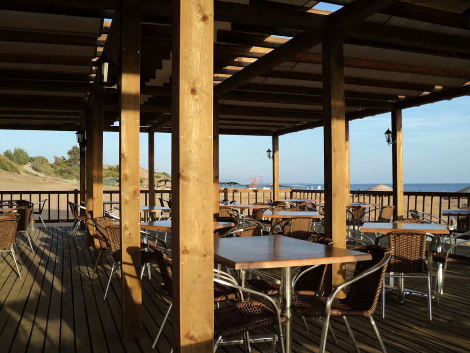 Strandbar Roma Beach Resort & Spa
