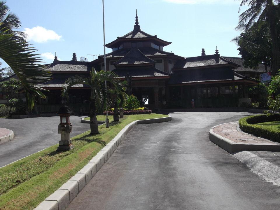 Добро пожаловать Club Bali at Jayakarta Bali Hotel