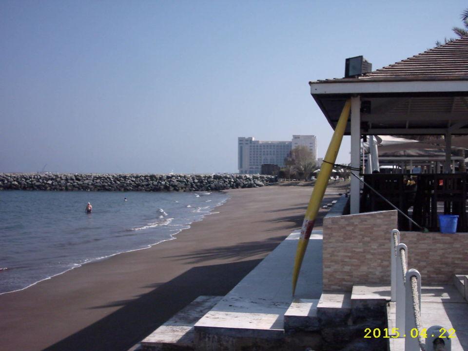 Richtung Jachthafen Hotel Hilton Fujairah  (geschlossen)