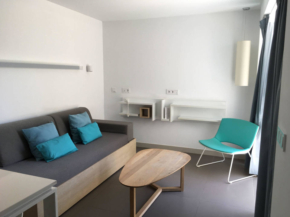 Comfort 1 Apartment Wohnzimmer Club La Santa Caleta Caballo