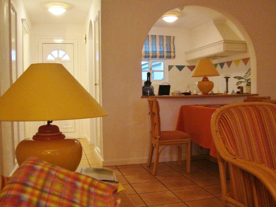essplatz mit k che durchreiche villa opuntia cani o holidaycheck madeira portugal. Black Bedroom Furniture Sets. Home Design Ideas