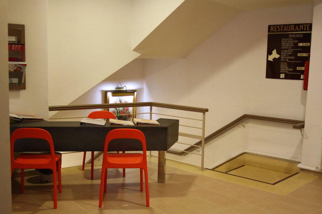 Foyer Im Hotel : Quot im foyer hotel encant in el arenal s