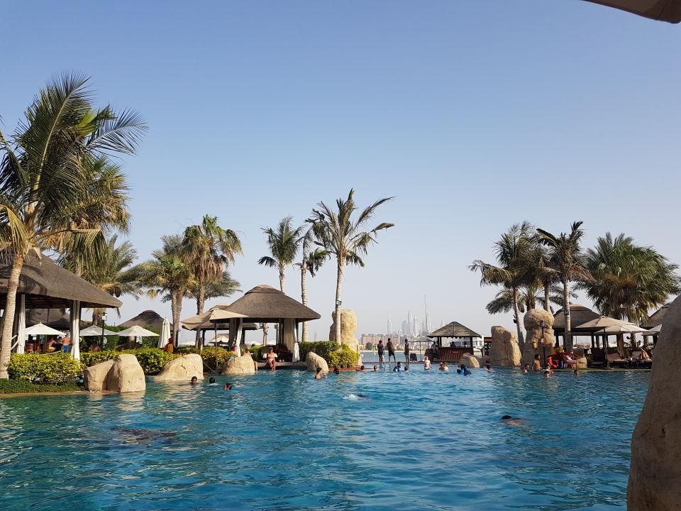 Dubai Palm Resort And Spa