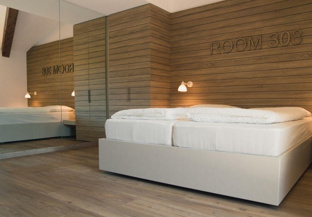 Zimmer Hotel B612