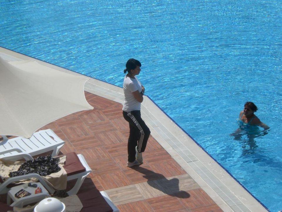 Aqua-Jogging mit Tugba Narcia Resort Side