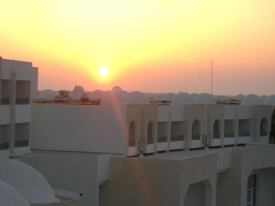 Sonnenuntergang Hotel Palace Royal Garden