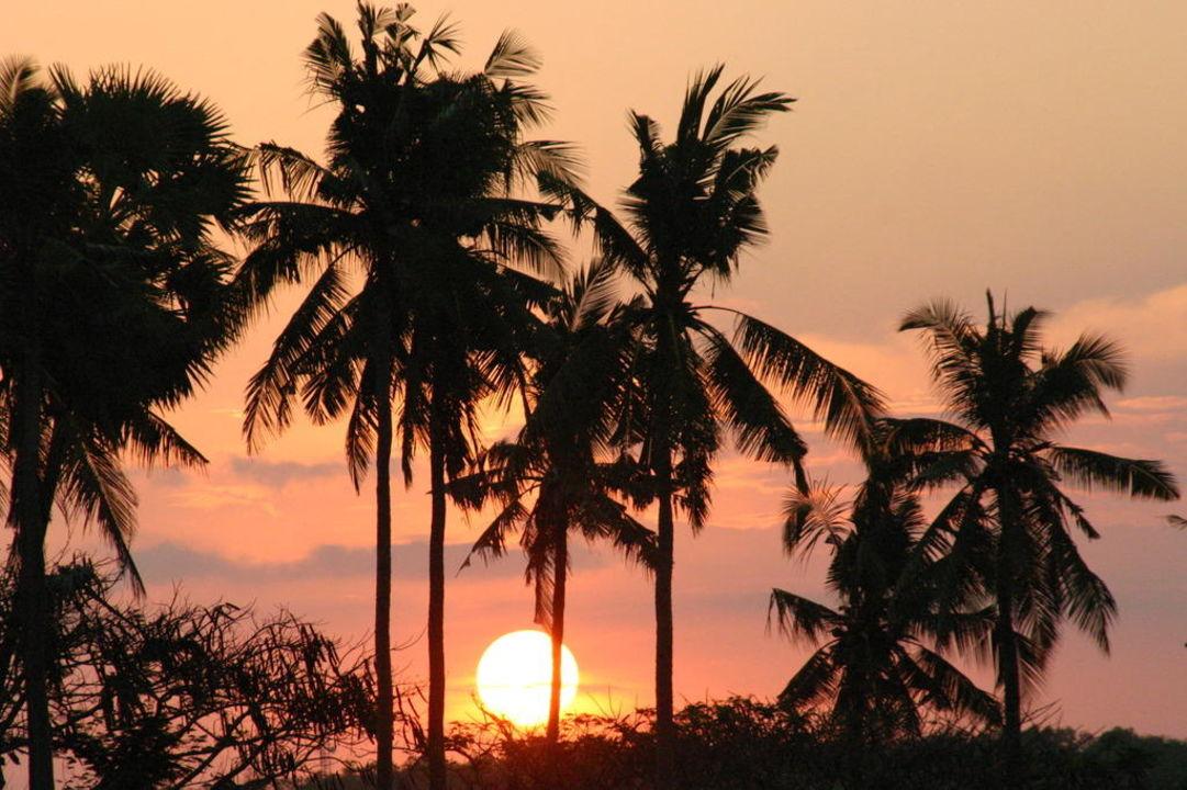 Sonnenuntergang Hotel Inna Putri Bali  (geschlossen)