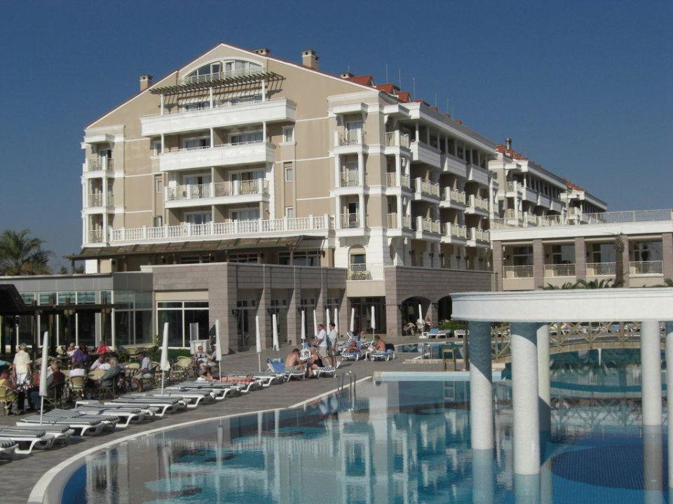 Blick auf die Blöcke 3,2 und 1 vom Pool aus Trendy Aspendos Beach Hotel