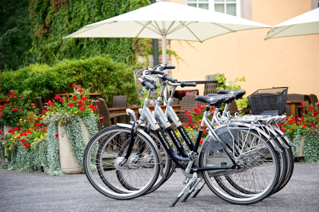 Hauseigener Fahrradverleih Hotel SportSchloss Velen