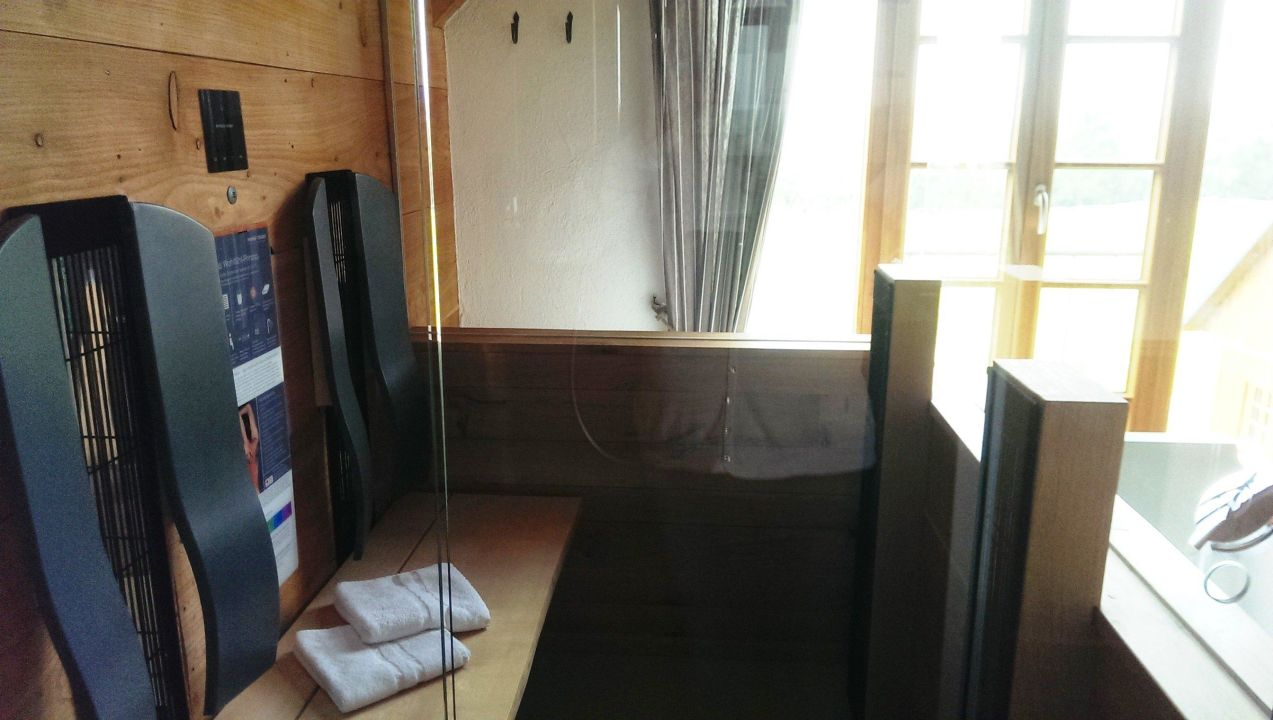 bild treppe im haus zu bergdorf liebesgr n in schmallenberg. Black Bedroom Furniture Sets. Home Design Ideas