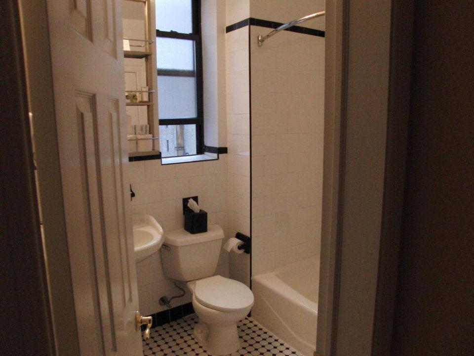 Badezimmer Best Western Plus Hotel Hospitality House