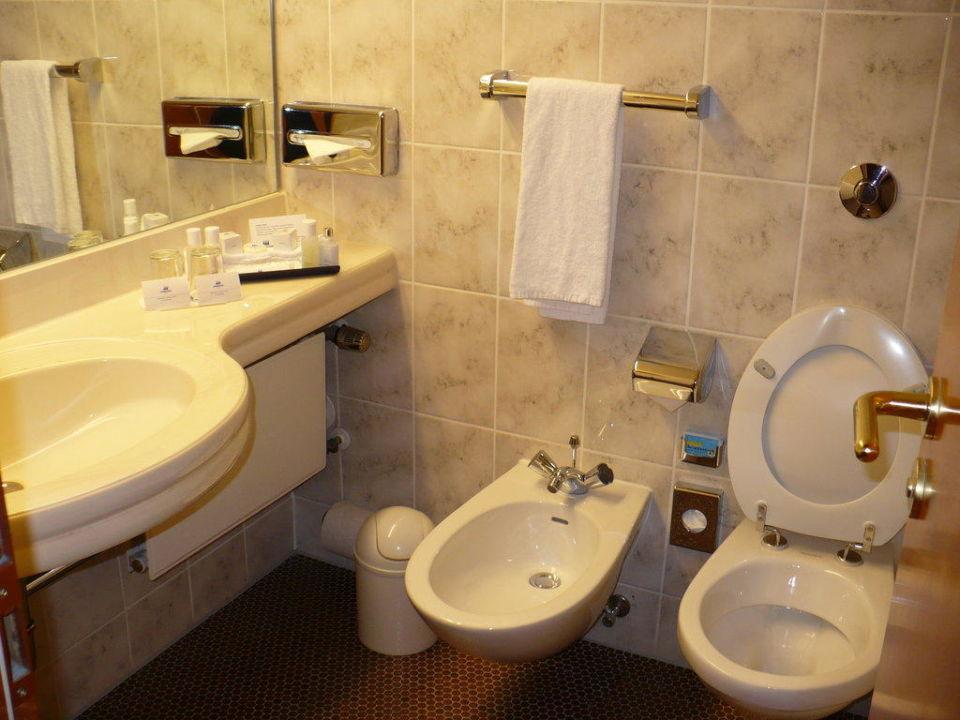 badezimmer maritim hotel bremen bremen holidaycheck bremen deutschland. Black Bedroom Furniture Sets. Home Design Ideas