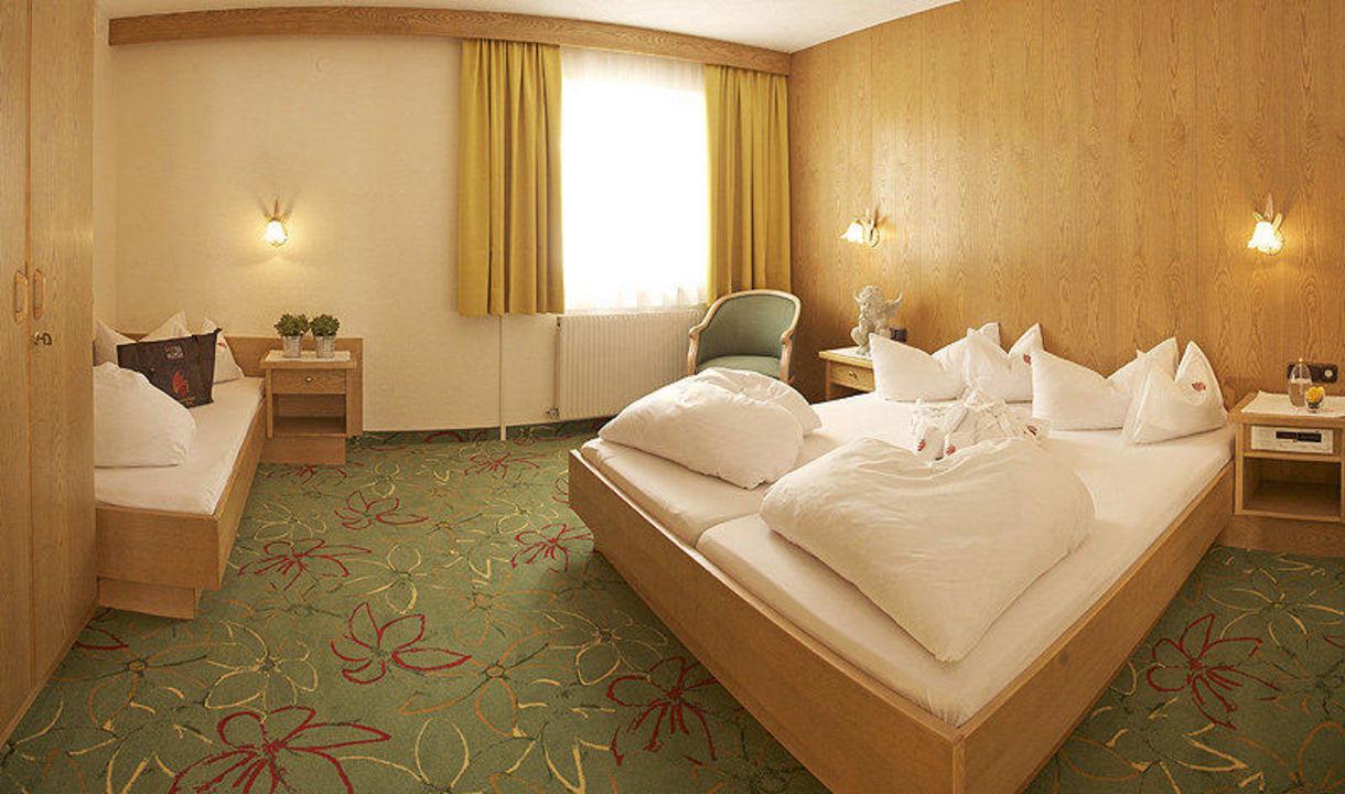 Ferienwohnung 3 - Schlafzimmer\