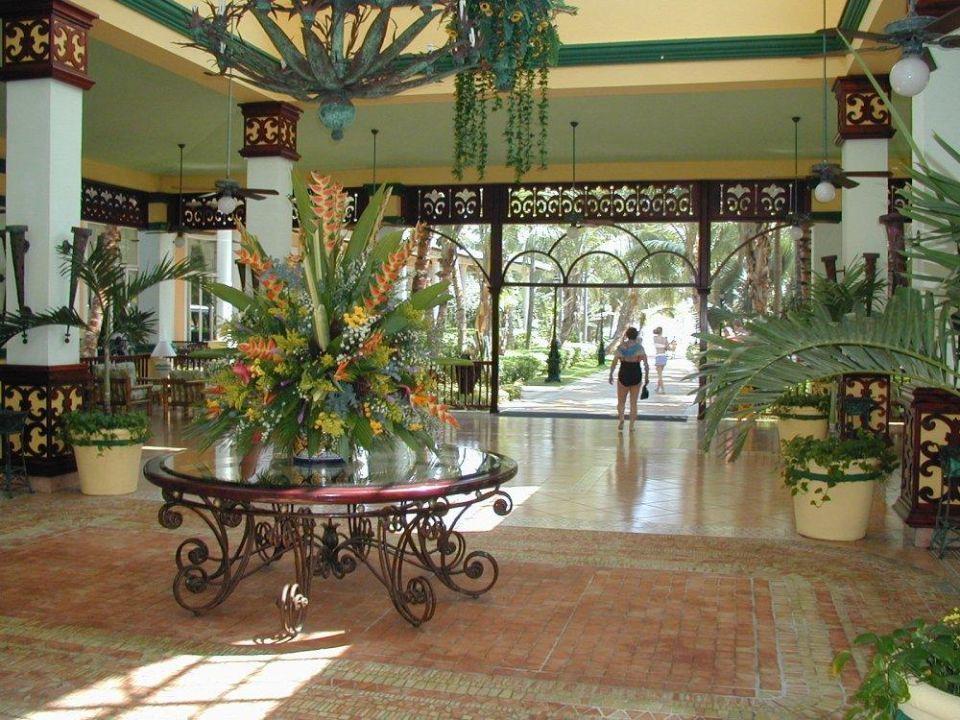 Foyer Hotel Riu Bambu