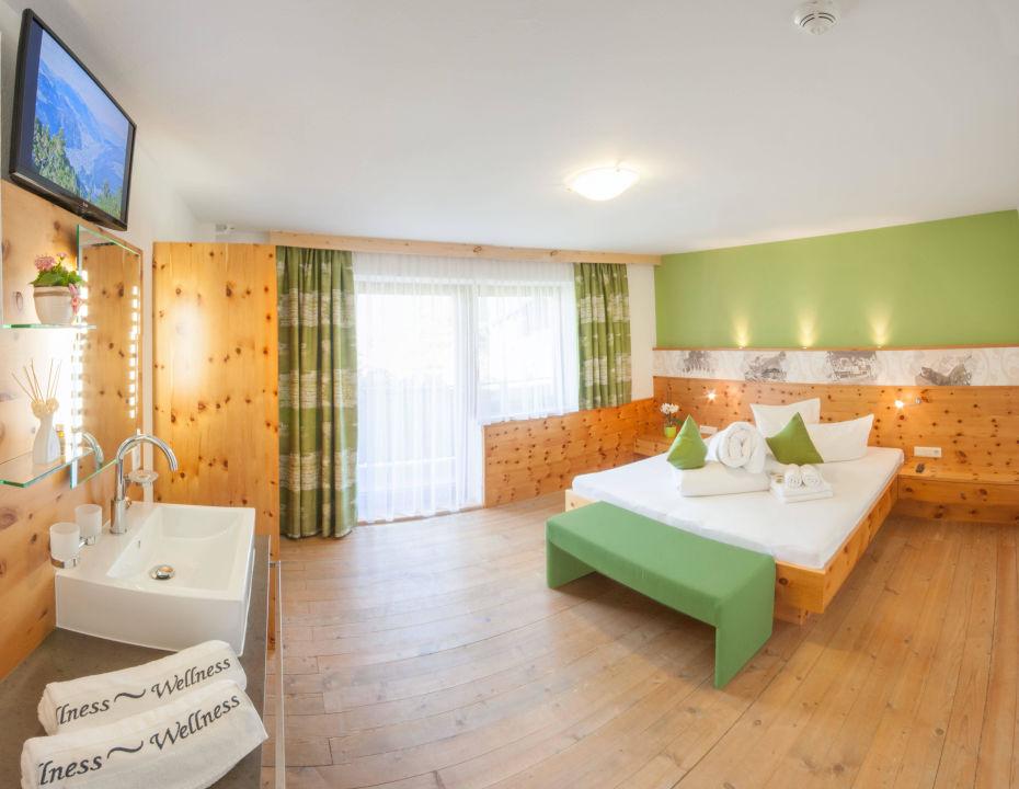 Chalet Royal: 8 Schlafzimmer Ferienhaus\