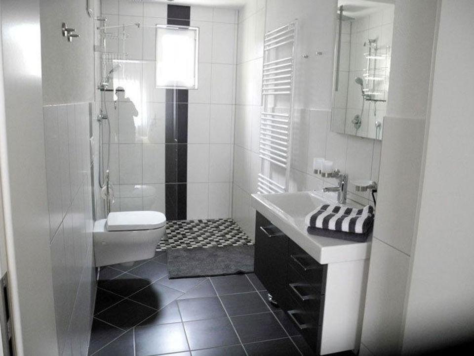Ferienwohnung be Clemense modernes Badezimmer\