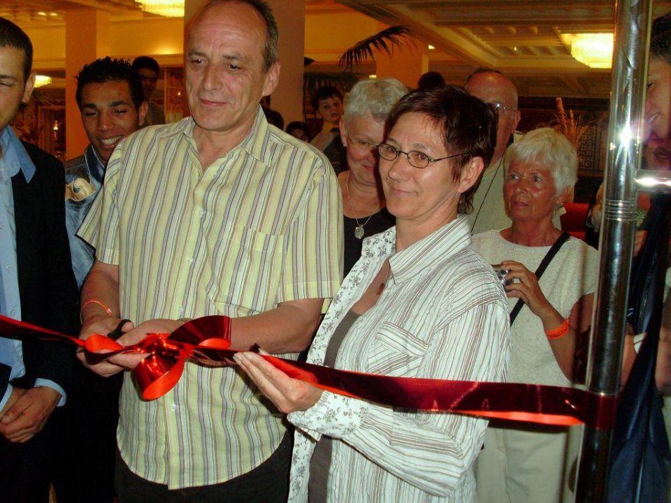 Eröffnung des Hauptrestaurants. Les Orangers Beach Resort