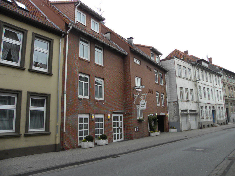 Bild anfang bergstrasse zu hotel zur altstadt in celle for Guesthouse anfang
