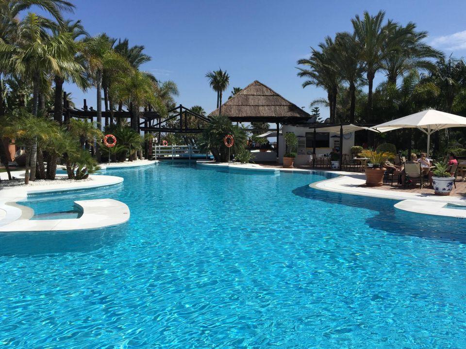 Grosse Poolanlage Kempinski Hotel Bahia Marbella Estepona