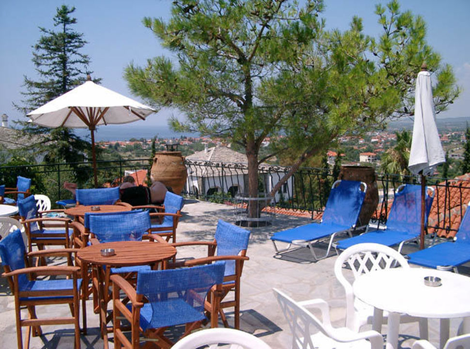Geranion Village- Poolanlage Hotel Geranion Village