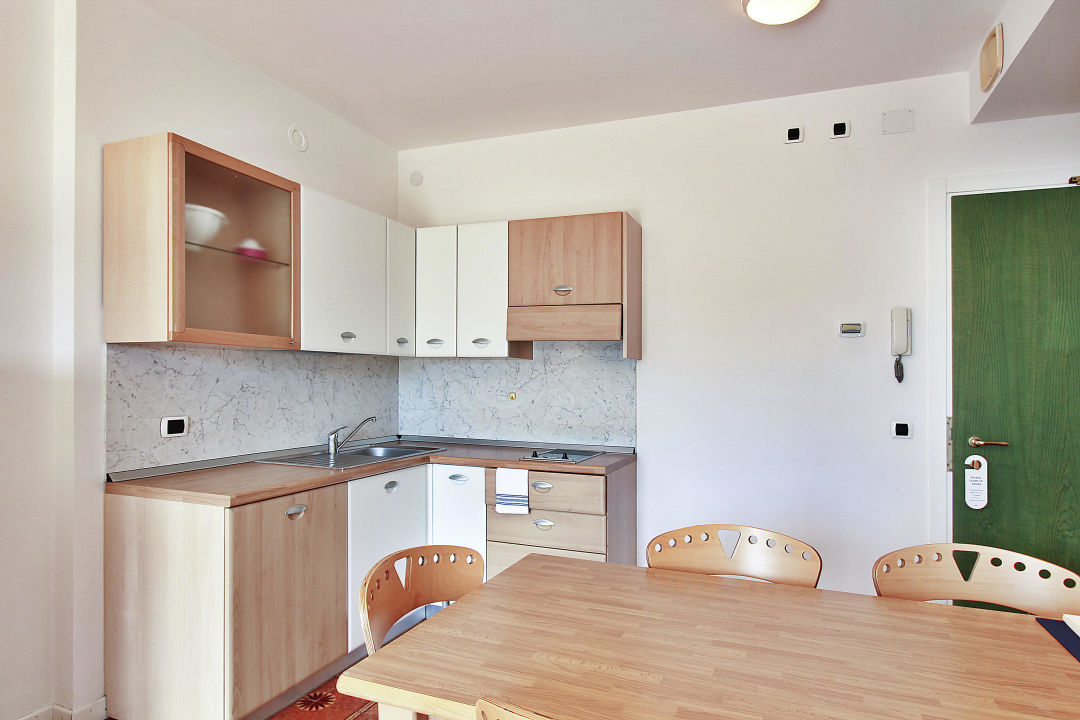 Soggiorno aparthotel ponza lignano holidaycheck for Soggiorno a ponza