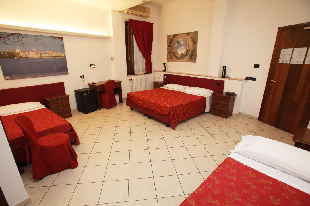 Family Room Hotel ABC