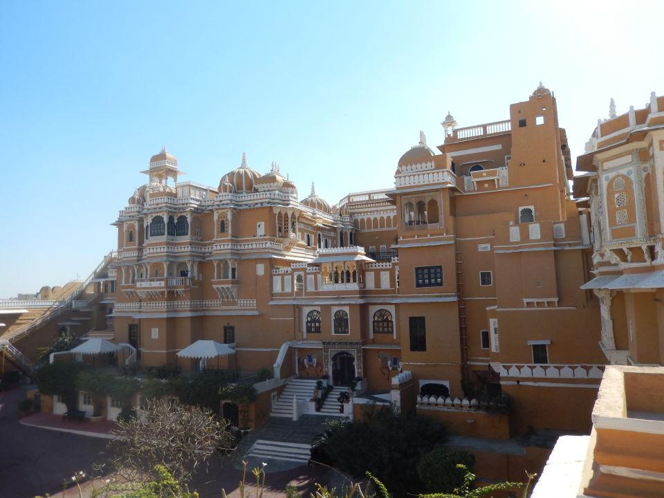 Außenansicht Hotel Deogarh Mahal