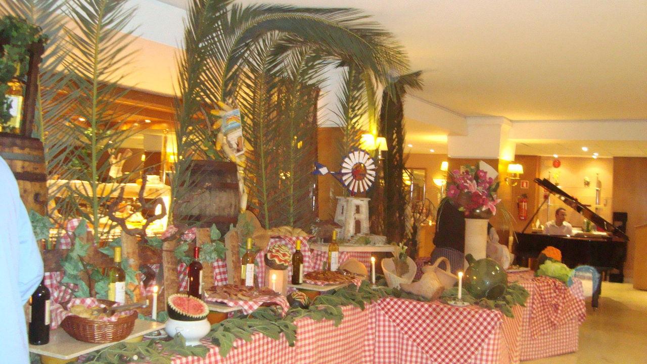 Gala abend mit toller dekoration allsun hotel sumba in for Dekoration spanien