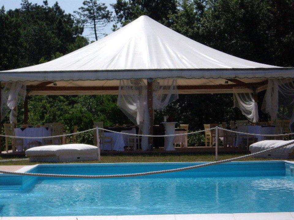 Pool mit Restaurant Pavillion Hotel Vedute