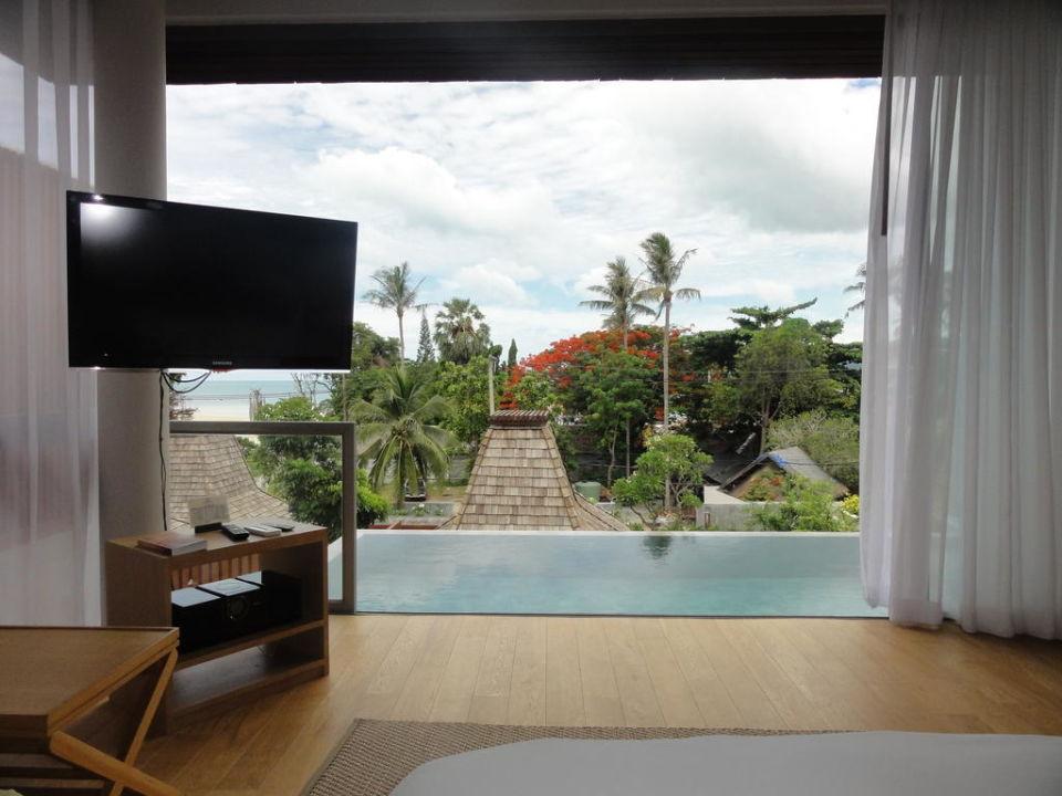 bild gro es 2x2m bett in der pool villa zu hotel baan haad ngam boutique resort in chaweng beach. Black Bedroom Furniture Sets. Home Design Ideas