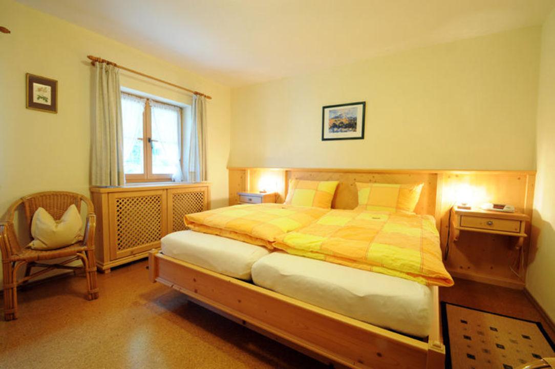 Schlafzimmer in der Ferienwohnung Katharina. Wimmerhof Ising