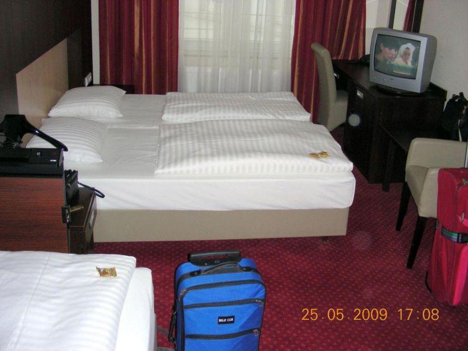 """unser 3 bett zimmer 225"""" novum hotel graf moltke hamburg in, Hause deko"""