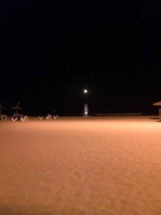 Strand am Abend Hotel Biniamar