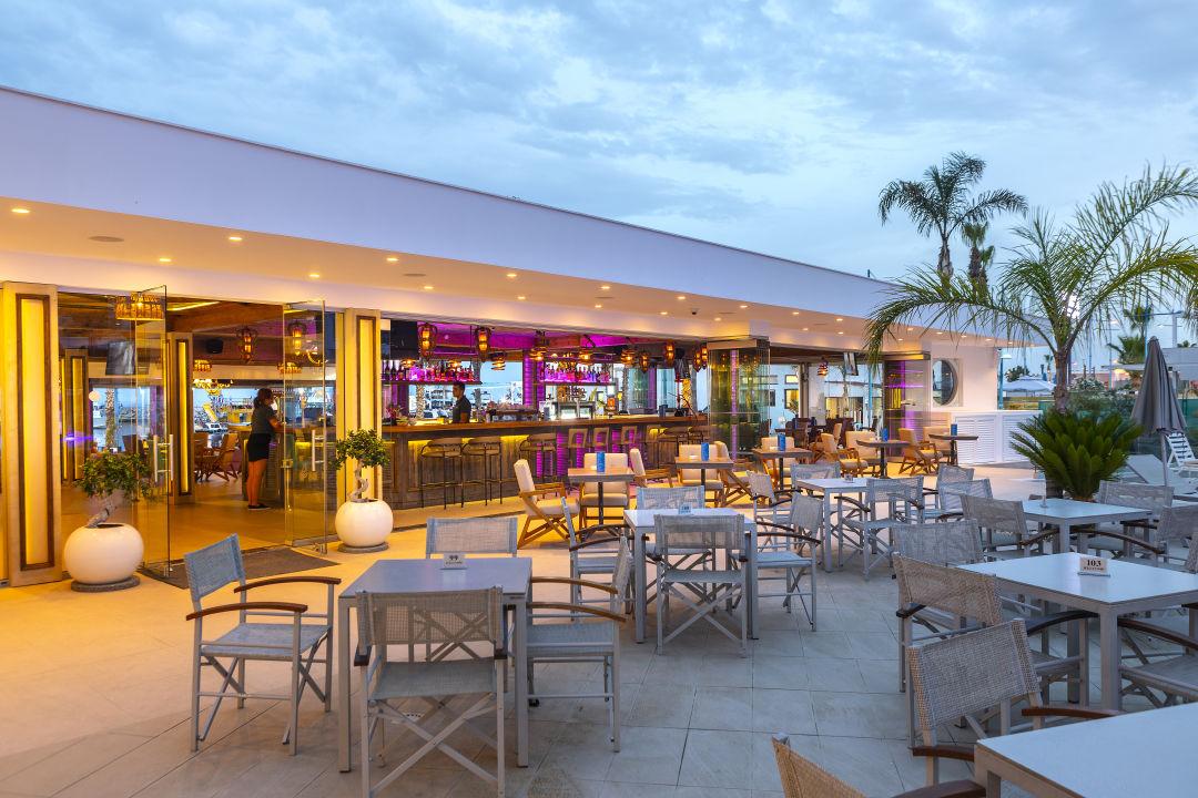 Gastro Limanaki Beach Hotel