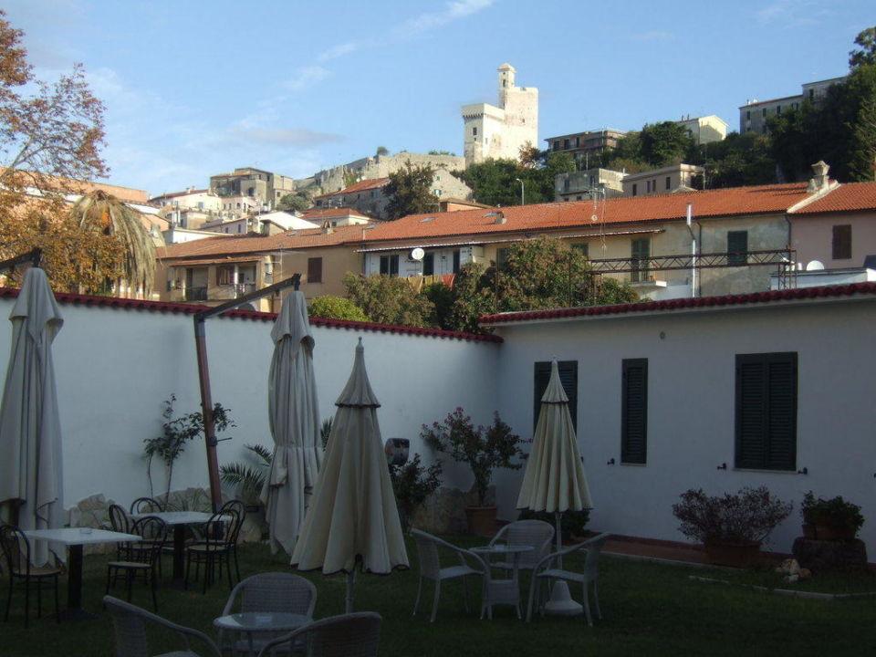 Garten des Hotels Hotel Torino