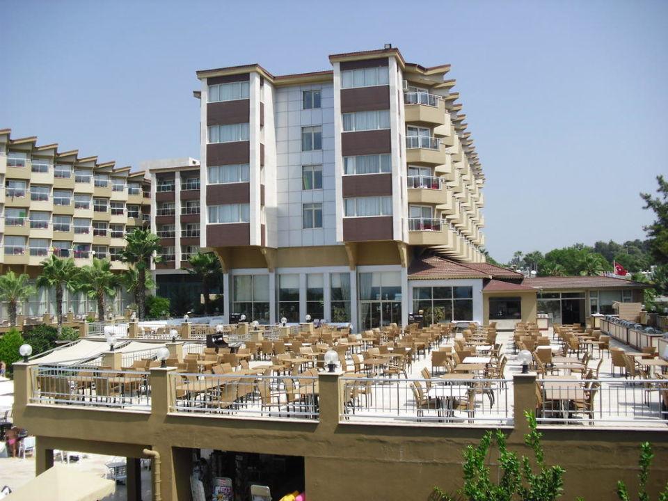 Bild hotel terrace beach resort zu hotel terrace beach for What is a hotel terrace