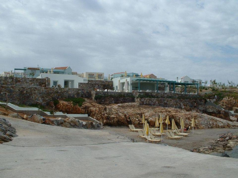 Blick auf die Hotelanlage von der Wasserseite IBEROSTAR Creta Marine
