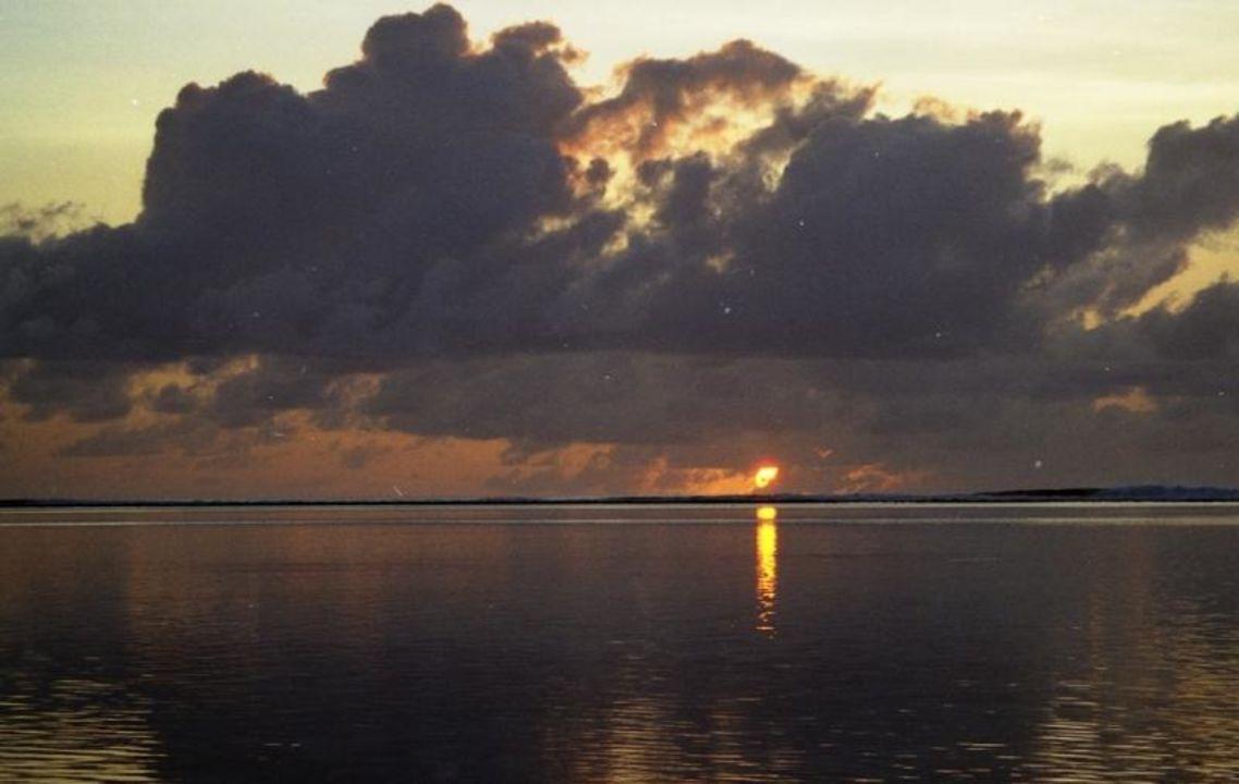 Sonnenaufgang auf Meerufenfushi Meeru Island Resort & Spa