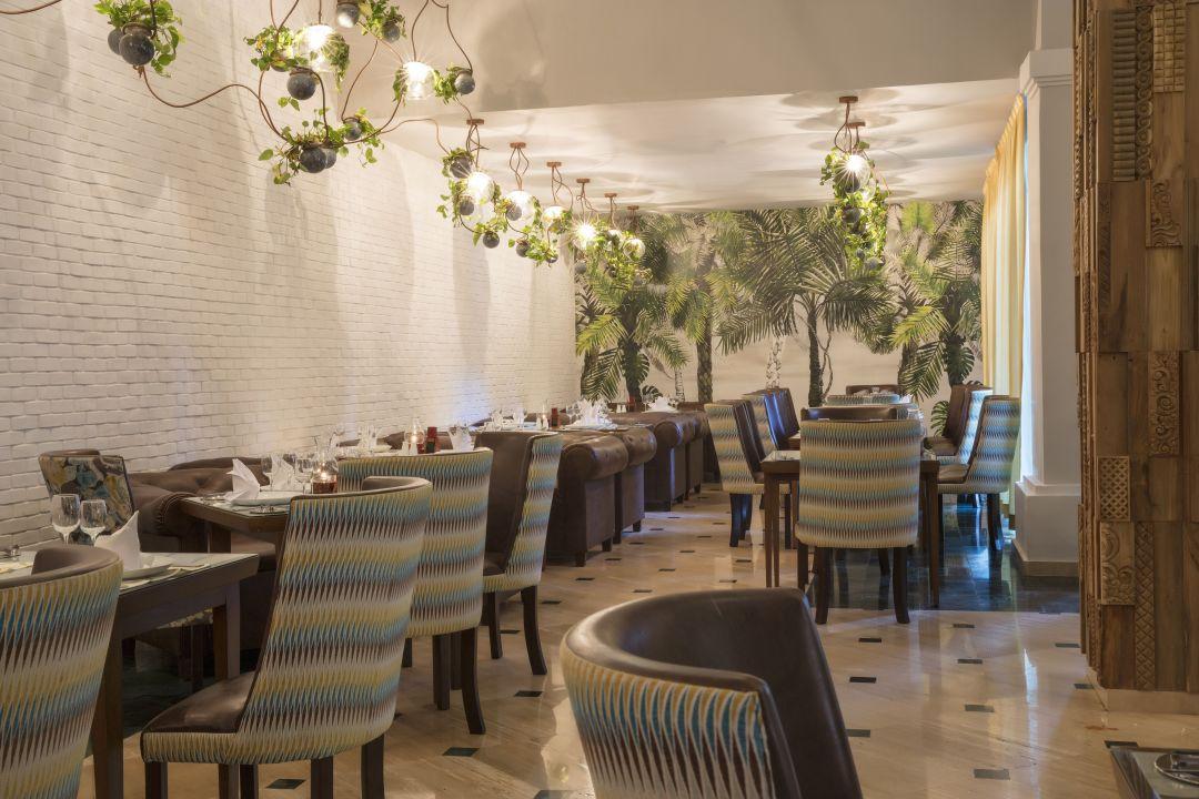 Grand Palladium Kantenah Resort Spa Restaurant