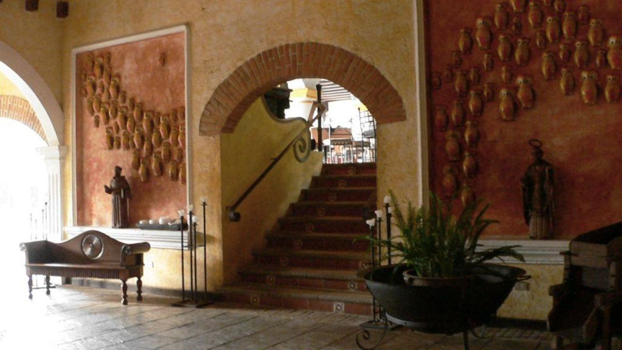 Lobby Villa Colonial