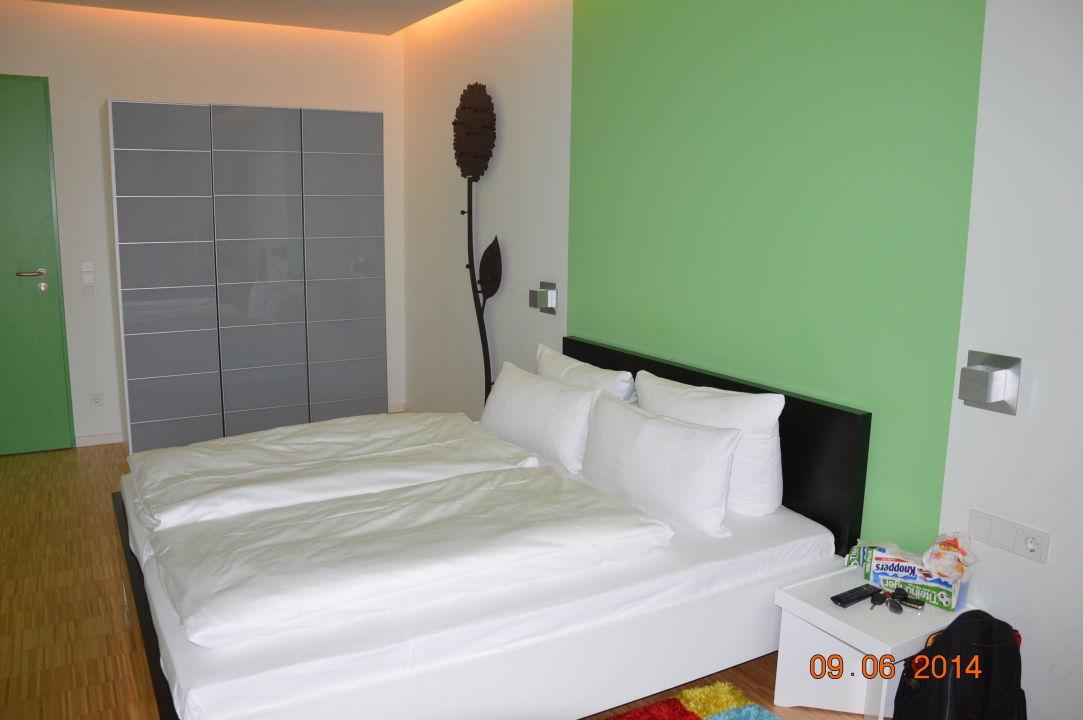 unser zimmer im anbau tropical islands resort halbe holidaycheck brandenburg. Black Bedroom Furniture Sets. Home Design Ideas