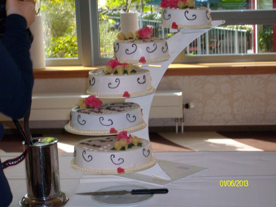 Hochzeitstorte Trihotel Am Schweizer Wald Rostock Holidaycheck