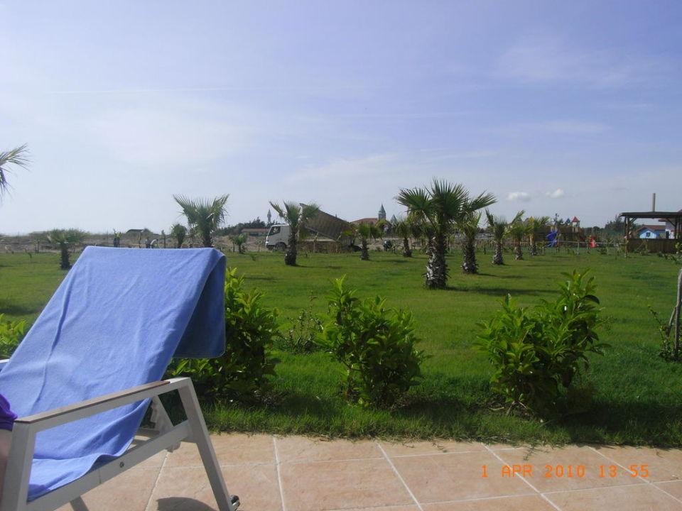 Lärmbelästigung am Pool Seaden Sea World Resort & Spa Hotel