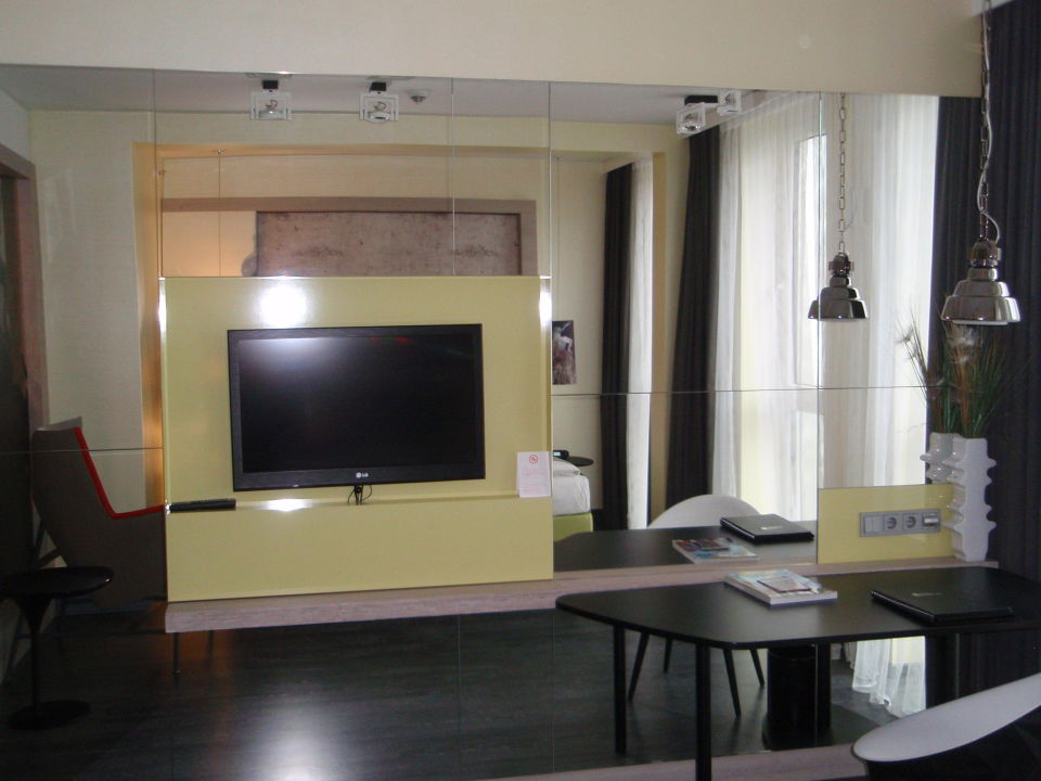3 bett zimmer berlin mitte: adina apartment hotel hackescher markt, Hause deko