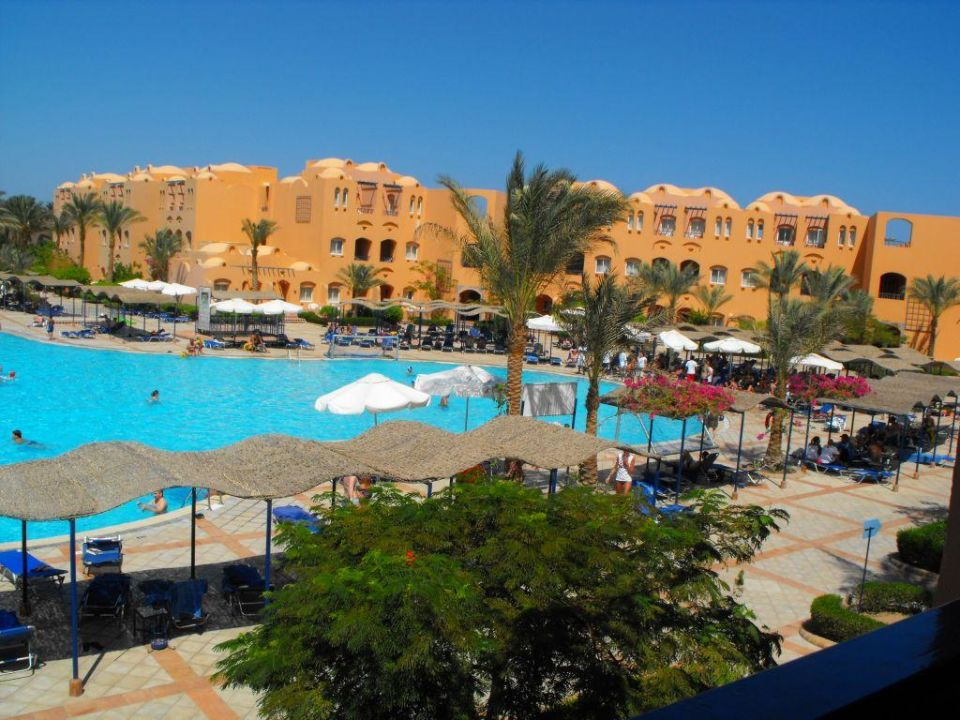 Basen Jaz Makadi Oasis Club & Resort