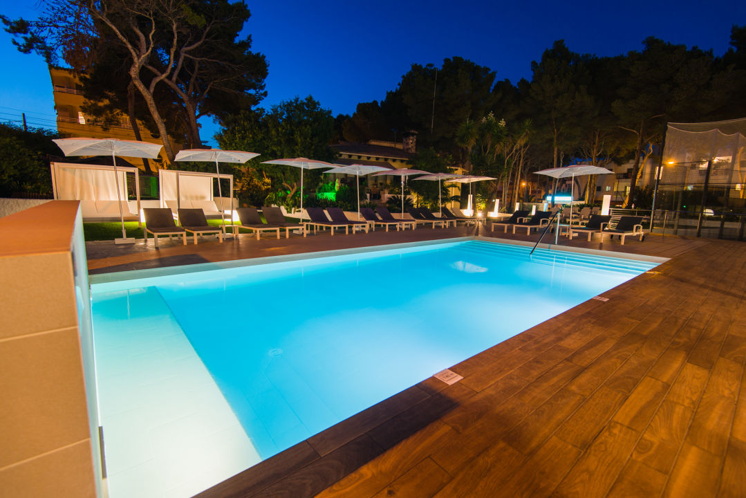 Hotel Flacalco Suites And Garden And Park Cala Ratjada
