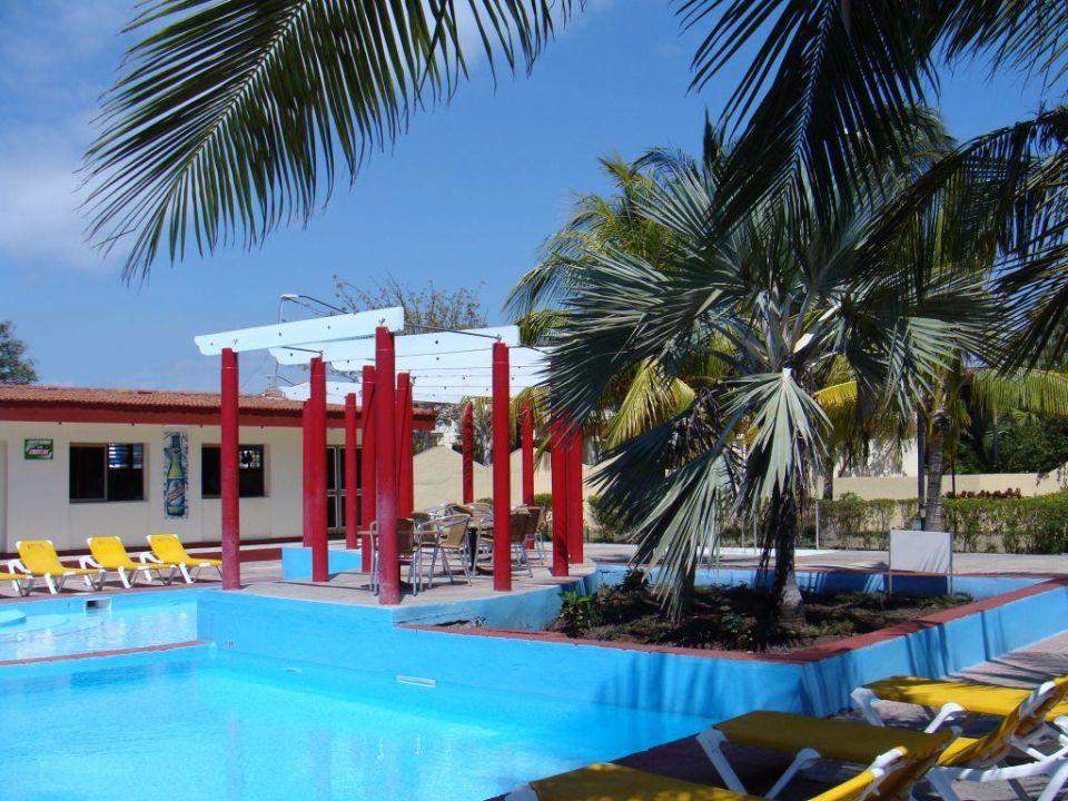 Am Pool Hotel Balcon de Caribe