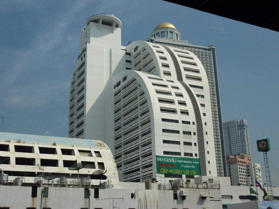 Hotel von Skytrain aus Hotel Centre Point Silom